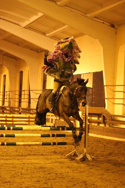Матвеева_праздник к нам приходит верхом на коне_1